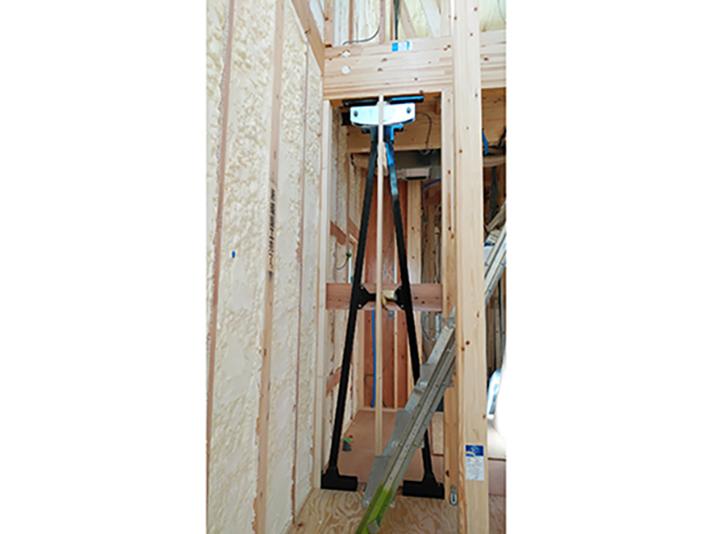 構造モデルハウス建築中のサムネイル画像