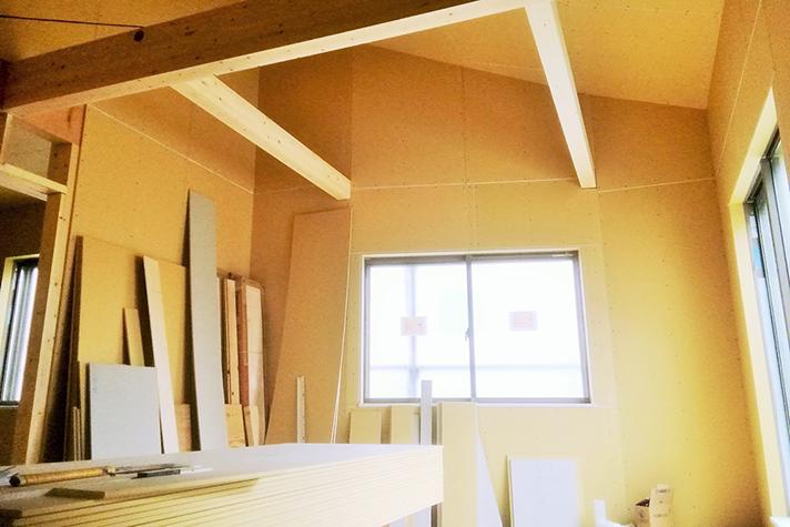 上棟し、現在内装工事を進行中!のサムネイル画像