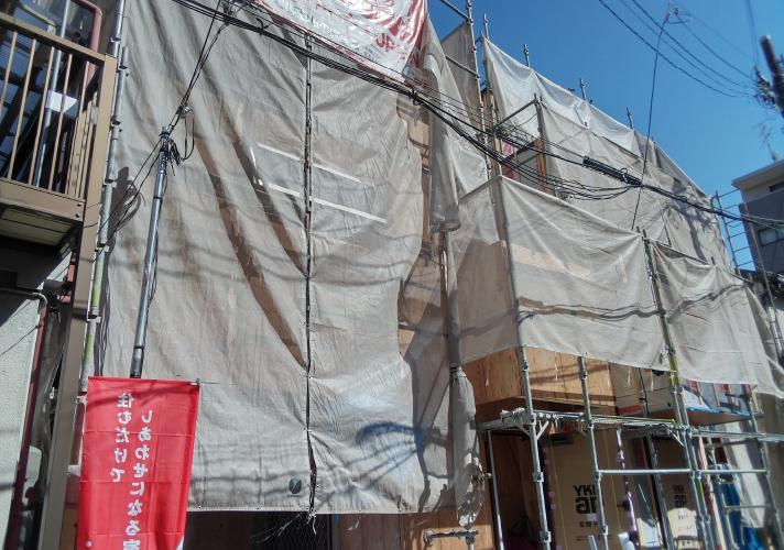 東三国2区画、建築工事進んでおります!のサムネイル画像